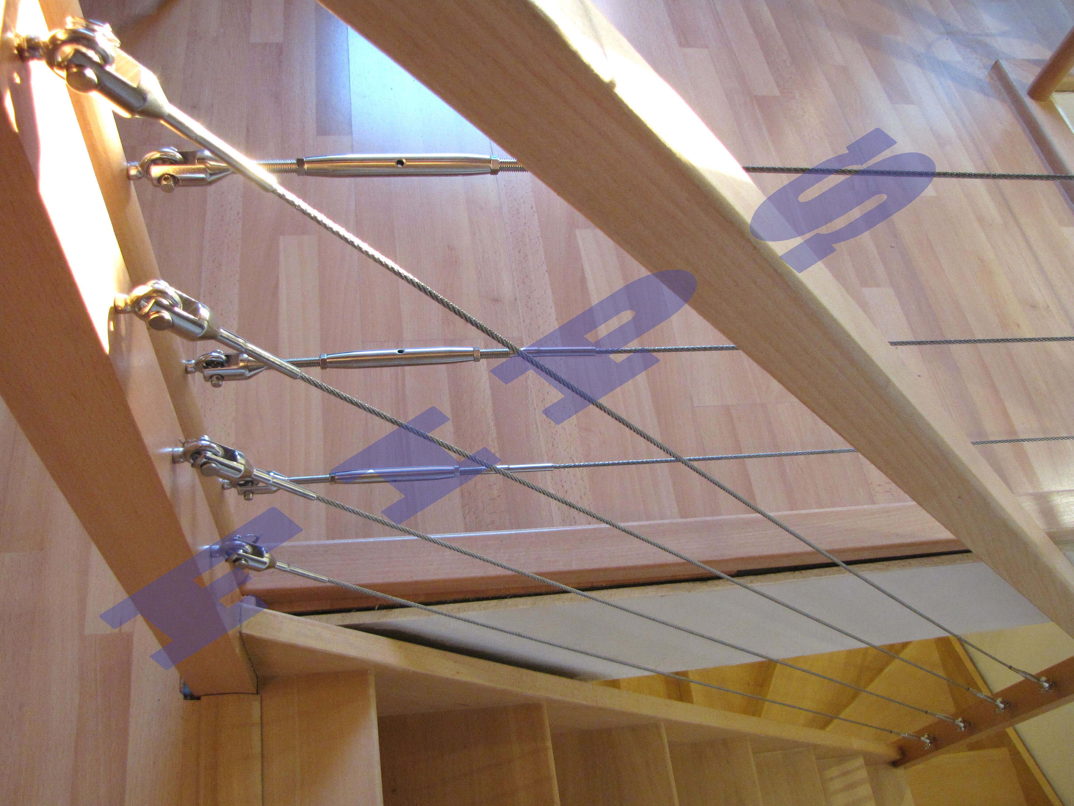 escalier accastillage fips. Black Bedroom Furniture Sets. Home Design Ideas