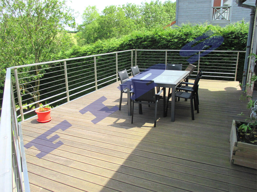 Barri re ext rieure et terrasse accastillage fips for Garde corps terrasse inox